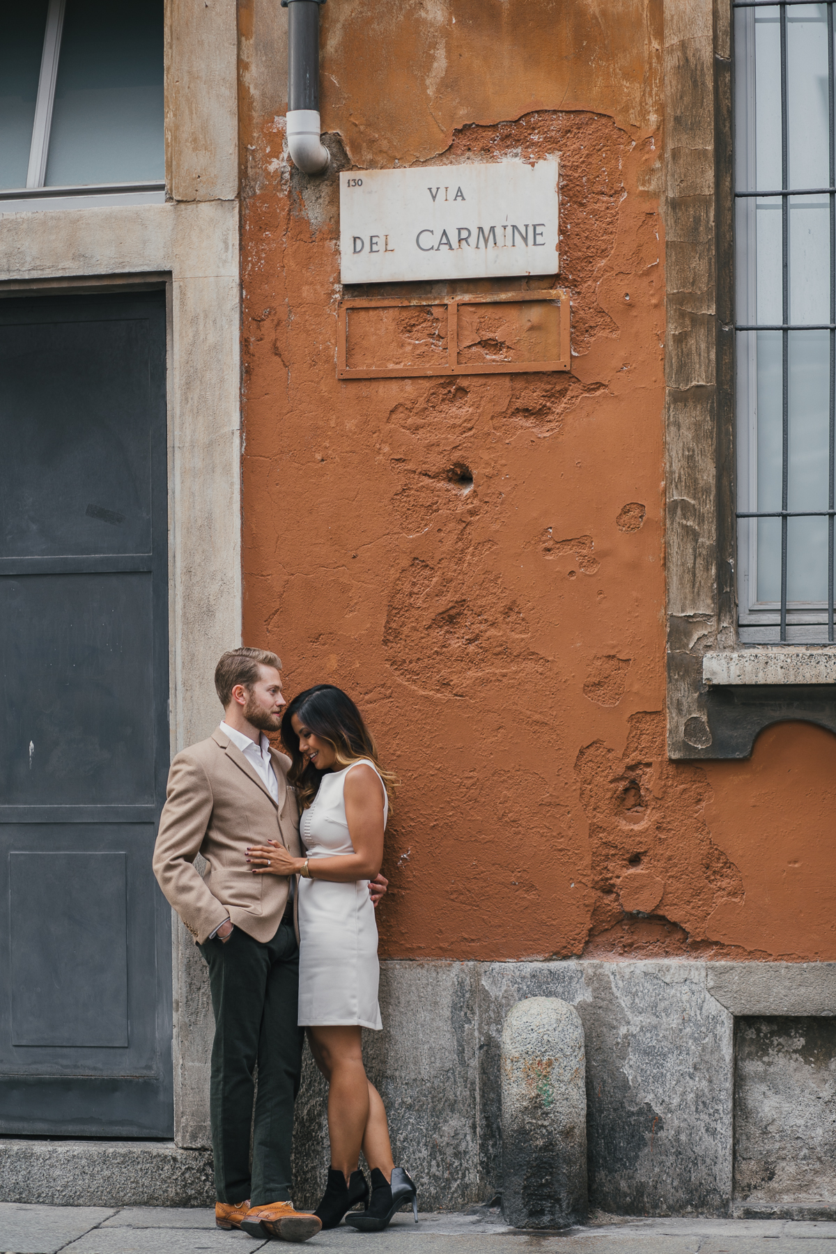 engagement photos session in Milan